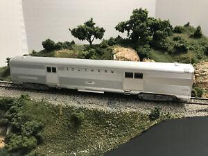 HO Bev-Bel RTR #5920 Southern Railway Baggage #3589 lighted OB