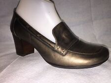 Sofft Pewter Leather Pumps Size 8 1/2 M