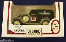ERTL - '32 Ford Panel Delivery Bank 1:25 Metal Locking Coin Bank #1357EP
