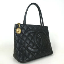 Authentic CHANEL 7371497 Standard medallion Tote Bag Caviar skin[Used]