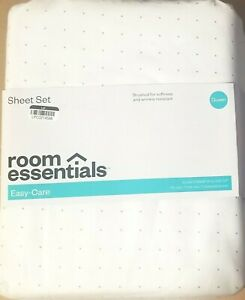 ROOM ESSENTIALS - QUEEN SHEET SET - EASY-CARE - WHITE w/ GRAY DOT PATTERN - NEW