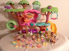 Littlest Pet Shop  Magic Motion Tree House   with pets and accessories