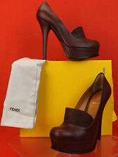 NIB FENDI BURGUNDY LEATHER FENDISTA CROCCO PRINT BAND PLATFORM PUMPS 39.5 8.5