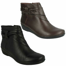 EVERLAY MANDY LADIES CLARKS LEATHER ZIP WIDE WINTER RUCHED LOW HEEL ANKLE BOOTS