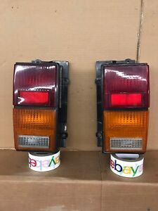 84-96 JEEP CHEROKEE RIGHT & LEFT  TAIL LIGHT SET OEM