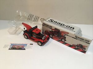 Snap-On Model A 1930's Wrecker Tow Truck Coin Bank 1/25 Scale  NIB   Limited Ed.