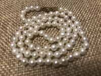 """VINTAGE ESTATE REAL WHITE PEARL 4MM GOLD TONE NECKLACE 16.5"""" KNOTTED"""