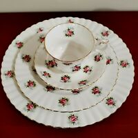 ROYAL ALBERT FORGET- ME -NOT ROSE 4 PIECE PLACE SETTING RARE 4 PIECE SET