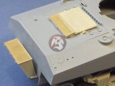 Resicast 1/35 M4A2 Sherman III Deep Wading Lower Section (for Dragon) 352291