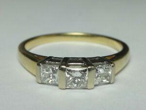 18CT YELLOW & WHITE GOLD 0.59CT 3 PRINCESS CUT DIAMOND RING