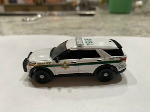 Custom 1/64 scale Greenlight Ford SUV Fresno County CA Sheriff Vehicle