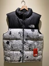 New $179 The North Face TNF Men's Lrg Novelty Nuptse Catalogue Collage Down Vest