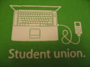 APPLE logo iPod & iBook T-SHIRT MD green tee shirt Student Union Medium bundle M