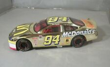 Bill Elliott #94 McDonald's Gold NASCAR 1:24th Diecast Vehicle 1998
