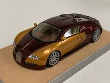 1/43 Looksmart Bugatti Veyron 16.4 Dark Red Met and gold custom Base A2006