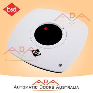 B&D WTB6 70267 Wireless Wall Button Garage Door Remote Tri Tran+ / TB5v2