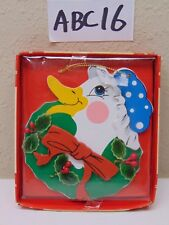 VINTAGE WOOD CHRISTMAS ORNAMENT HOLLY JOLLY FRIENDS DUCK-CUTOUT GIFTCO-GREEN