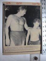 Vintage Wire Press Photo Johnny Weismuller Dies Johnny Sheffield(Boy) 1/27/1984