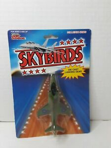 RACING CHAMPIONS Skybirds Die Cast Plane HAWKER HARRIER ROYAL NAVY 100 Green