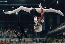 ANNA DEMENTYEVA *RUS*  > World Champion 2010 / Team - sign. Photo