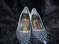 donald j pliner womens shoes size 10 in silver/plum