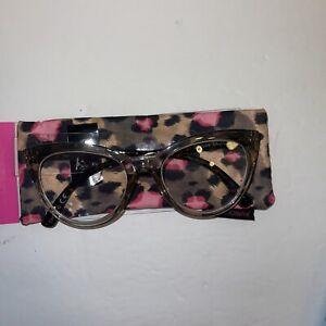 Betsey Johnson Reading Glasses CAT EYE  reader - Leopard Soft Pouch case 2.00