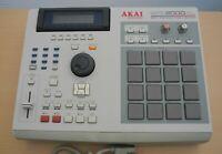 Akai MPC 2000XL Sampler Sequencer Drum Pad Machine