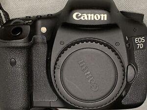 Canon Eos 7D (Solo Corpo) sensore APSC completo di caricabatteria