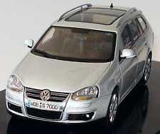 VW VOLKSWAGEN GOLF 5 VARIANT 2007 REFLEX SILVER AUTOART 1K9099300A7W 1/43 BREAK