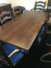 VINTAGE JAYCEE SOLID OAK DINING TABLE WITH 4 LADDERBACK CHAIRS & 2 CARVERS