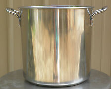 Stainless Steel Brew Kettle Stock Pot with Lid 30 qt for Brewing and Distilling