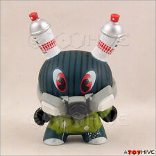 Kidrobot Dunny 2012 series Spray Paint Vandal by Mad box, card - displayed