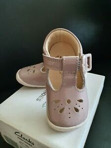 Clarks First Shoes Baby Girl Roamer Star pink Crawler Prewalkers Leather UK 4F