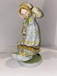 "Vtg HOLLY HOBBIE ""Windy Weather"" Classic Collection Series 1 Limited Ed Figurine"