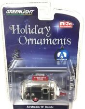 Greenlight 1/64 Holiday Ornaments Airstream 16' Bambi Chrome Christmas (51078)