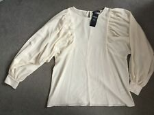 M&S TEXTURED FABRIC IN IVORY WITH LARGE WIDE SLEEVES GATHERED DOWN FRONT-14 BNWT
