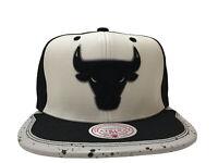 "Mitchell & Ness White/Black NBA Chicago Bulls ""Paint Splatter"" Day One Snapback"