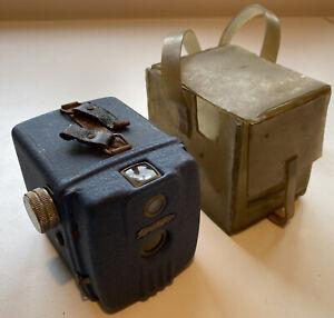 Rare Vintage 1950s Decor Daci Blue 120 Film Metal Box Camera & Case