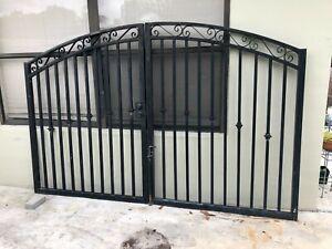 9ft x 6ft Black Aluminum Dual Swing Driveway Gate