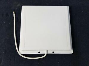 L-Com Flat White Panel Antenna 2.4 GHz 14 dBi 12inch WiFi SMA