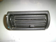 LAND ROVER FREELANDER o DISCOVERY 200TDI centro DASHBOARD AIR VENT NERO (5)