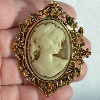 Flower Frame Brooch Women Cameo Gold Stone Vintage Style Pin Broach Lady Gift