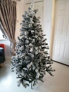 6FT   Christmas Tree Frosted  Pine Luxury Snow Flocked