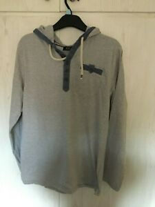 FLORENCE & FRED MAN'S SIZE MEDIUM GREY/BLUE STRIPED HOODIE
