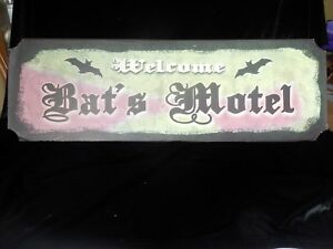 "Bat's Motel Novelty Metal Welcome Sign  24"" x 8"""