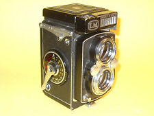 Yashica-Mat LM - vintage TLR in fairly good cosmetic condition...