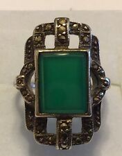 VINTAGE ART DECO STERLING SILVER CHRYSOPRASE & MARCASITE RING SIZE 2