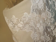 NEW $2K GORGEOUS VALENTINO LARGE BEIGE LACE AND CASHMERE FRENCH LACE SHAWL/WRAP