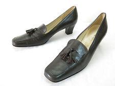 Salvatore Ferragamo Boutique Pumps Womens 7 AA Narrow Tassel Loafer Mid Heels