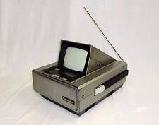 Vtg Panasonic Portable Television TV / RADIO  AM FM TR-5050P Very Rare
